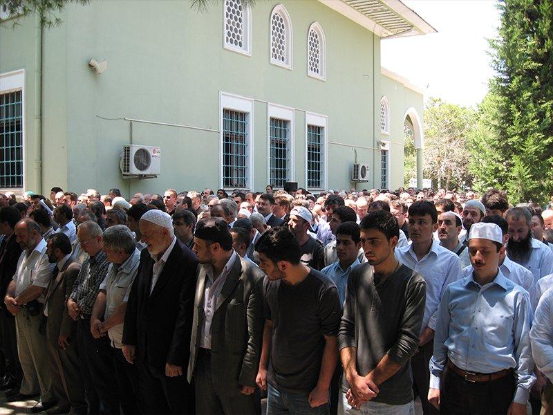 İzmir'de Gıyabi Cenaze Namazı